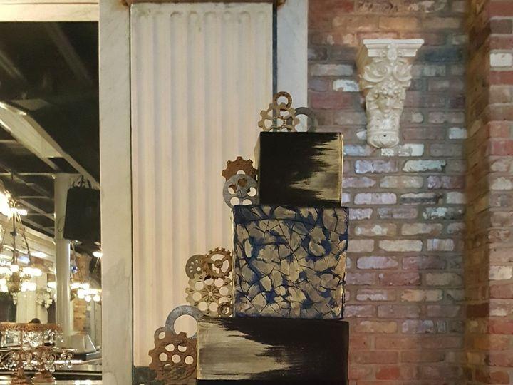 Tmx 1538662270 43161cf96f6720e1 1538662267 B4dda1226cbd5d6b 1538662269413 40 Shawn Orlando, Florida wedding cake