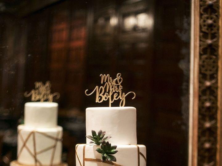 Tmx 1538662947 A783d6201f3d6652 1538662944 1474fa3091c1936d 1538662946266 56 Boley Wedding  2  Orlando, FL wedding cake
