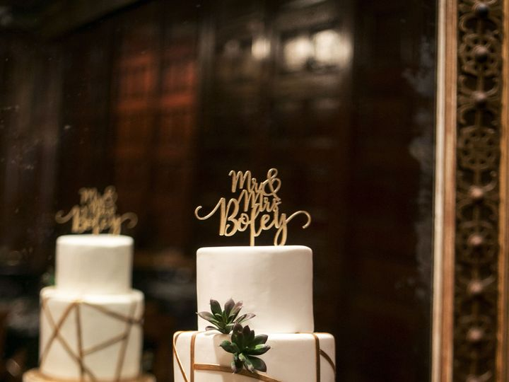 Tmx 1538662947 A783d6201f3d6652 1538662944 1474fa3091c1936d 1538662946266 56 Boley Wedding  2  Orlando, Florida wedding cake