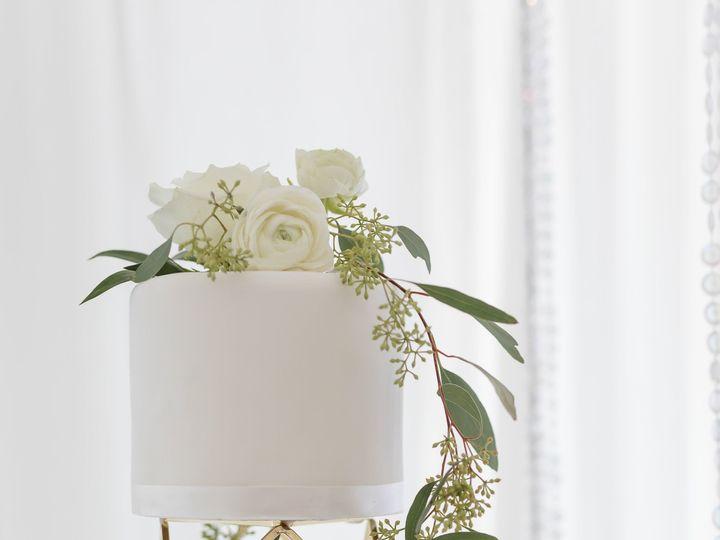 Tmx 1538663094 E49bd324cff3bcae 1538663093 E068f7428681570d 1538663100069 75 Linda3 Orlando, Florida wedding cake