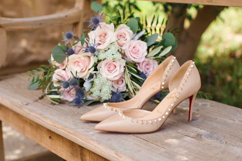 Chic wedding details