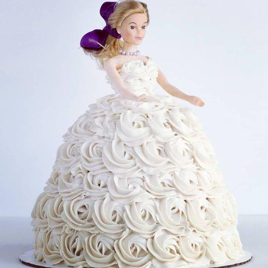 Bridal shower doll cake