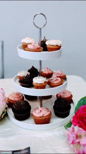 Mini and regular cupcakes