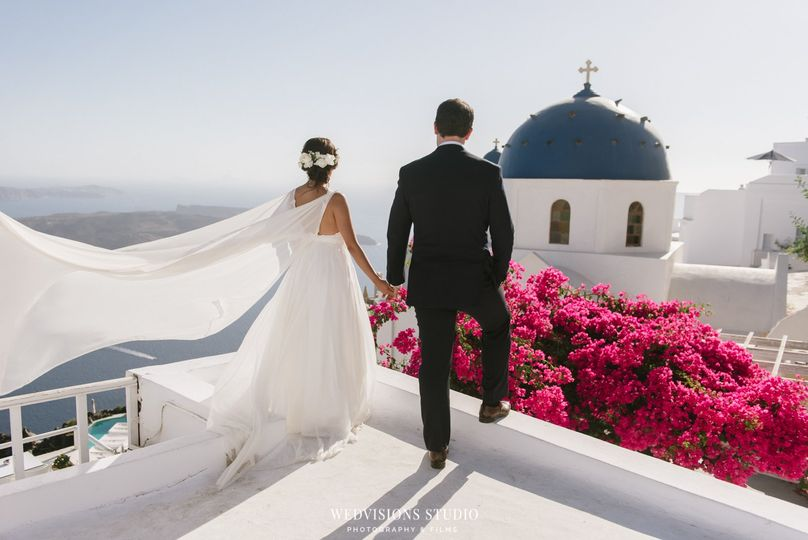 Bride and Groom - Photo: Vangelis Photography
