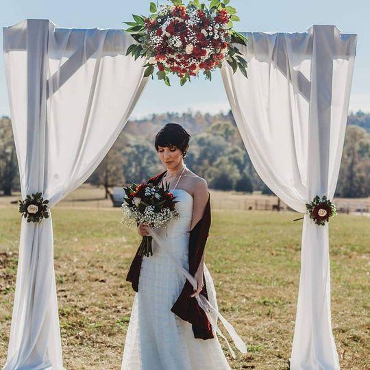 Bride under the arch