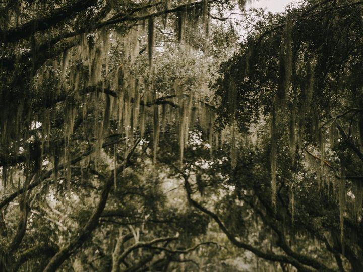 Tmx Katiebertagnolli Travelingcouplesdestinationweddingelopementphotographerbasedincharlestonsouthcarolina Legarewaringhouse 2 51 1037915 Charleston, SC wedding photography