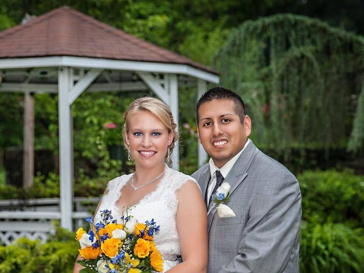 Tmx 1402778608537 Kristen And Dwight Quichua Harrisburg, Pennsylvania wedding florist