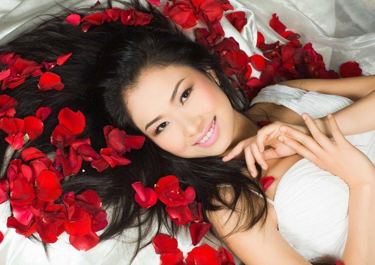 Bride in red roses