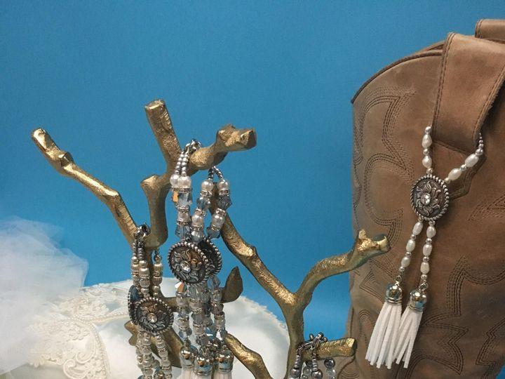 Tmx Img 4594 51 1961025 158592557836525 Sugar Land, TX wedding jewelry