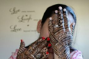 Charming Henna