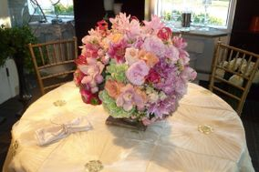 Florals by Carson Robert Event Designs, Inc.