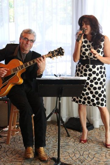 Professional jazz guitarist, Robert Phillips & professional singer, Debbie Nemeth