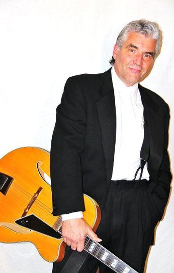 Robert Phillips, professional wedding jazz guitarist