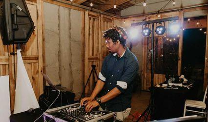 Andrew Hairlson Mobile DJ