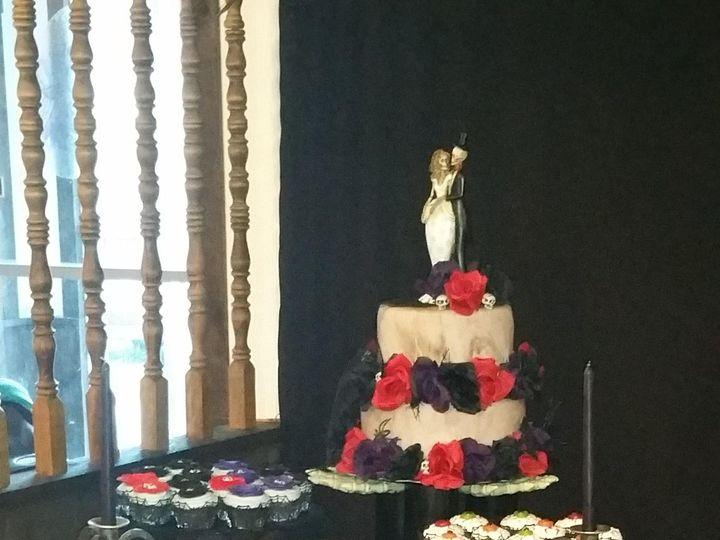 Tmx 20171020 170706 51 1070125 1562622824 Lancaster, NH wedding cake