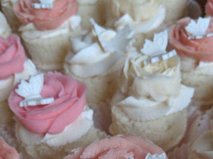 Tmx Img 20190420 123548 51 1070125 1562623558 Lancaster, NH wedding cake