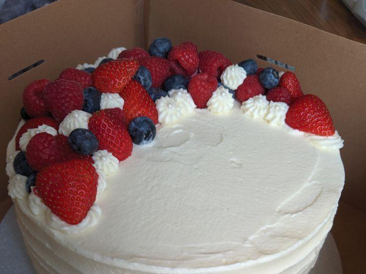 Tmx Img 20190926 114151 51 1070125 1569528915 Lancaster, NH wedding cake