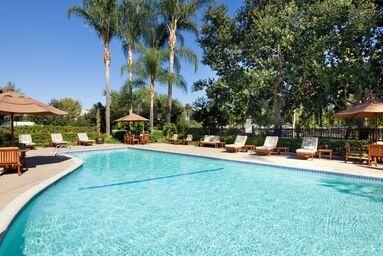 Tmx Ontsi Pool 9577 Hor Clsc 51 2001125 161145168773039 Pomona, CA wedding venue
