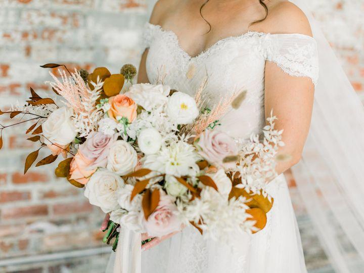 Tmx Soestyledshoot 301 51 1981125 160591171750895 Madison, NC wedding planner