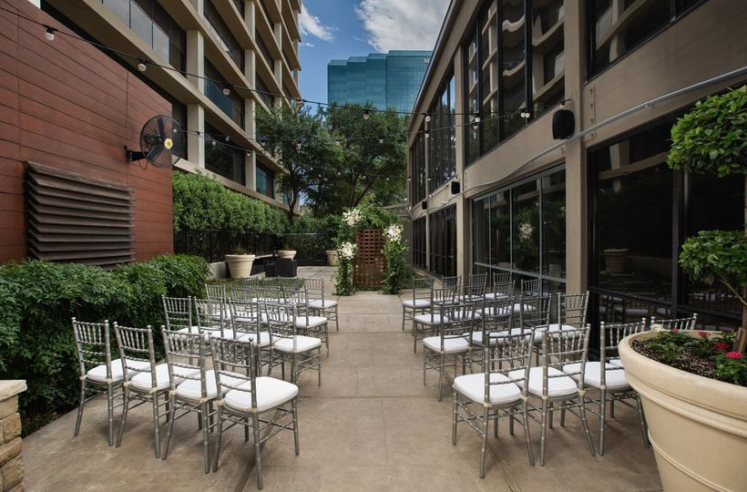 Intimate Patio Ceremony Max 70