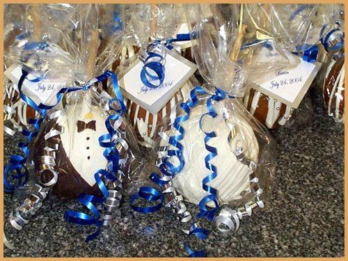 Bride & Groom apples packaged with Single Chocolate order.