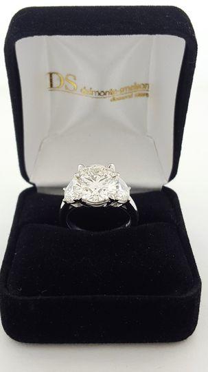cae11fbf628b6153 5 carat stone ring