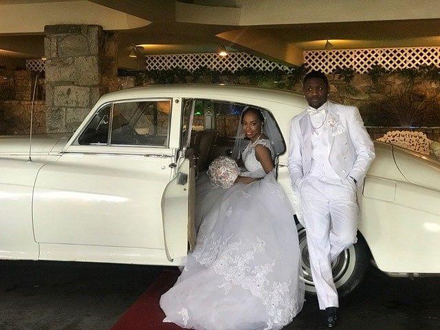 Tmx Bride Groom 11 51 186125 158834940011363 Englewood, NJ wedding transportation