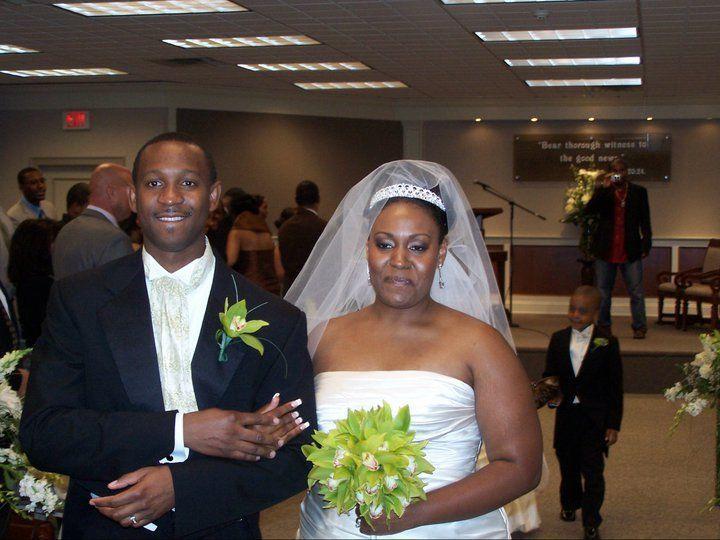 Tmx 1522401418 014e16de0a0a8032 1522401417 1d38e5fec66c87b0 1522401415124 3 179820 17562500914 Bellport wedding band