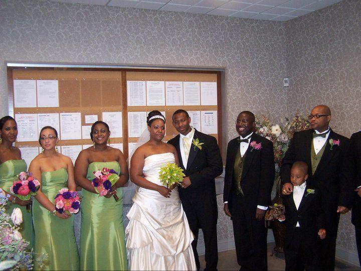 Tmx 1522401418 75d332c6509a36a0 1522401417 F9863b8b49b2355f 1522401415130 6 180618 17562507248 Bellport wedding band