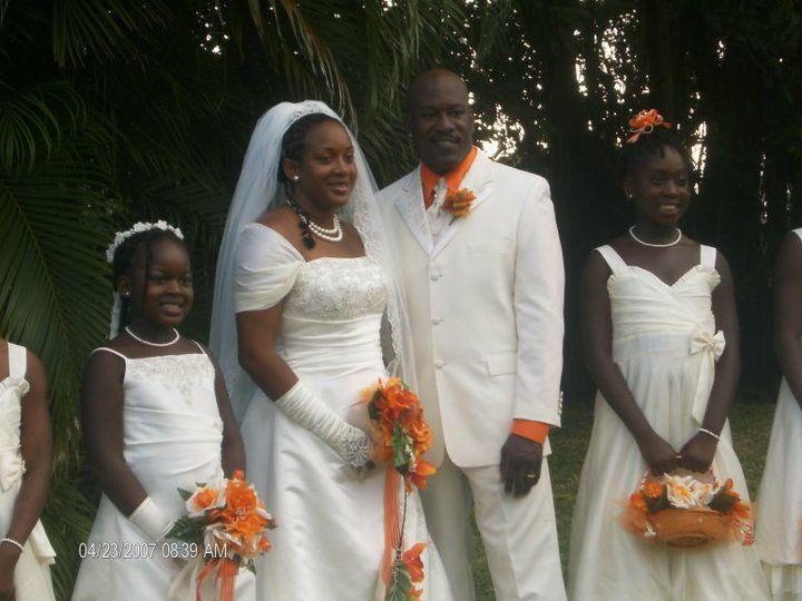 Tmx 1522401418 Be66a7eae7837d93 1522401417 Af65161eddecead0 1522401415128 4 180102 17562545581 Bellport wedding band