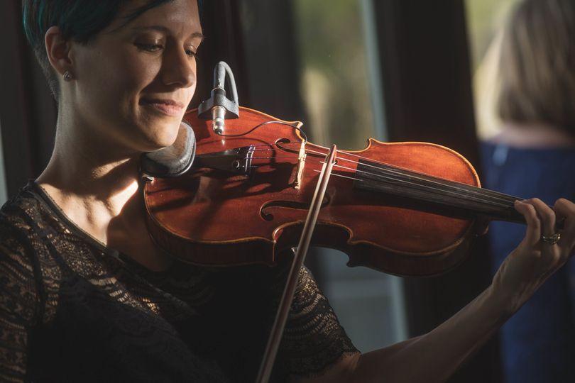 Fretless Violin & Guitar Duo at Geneva National Resort