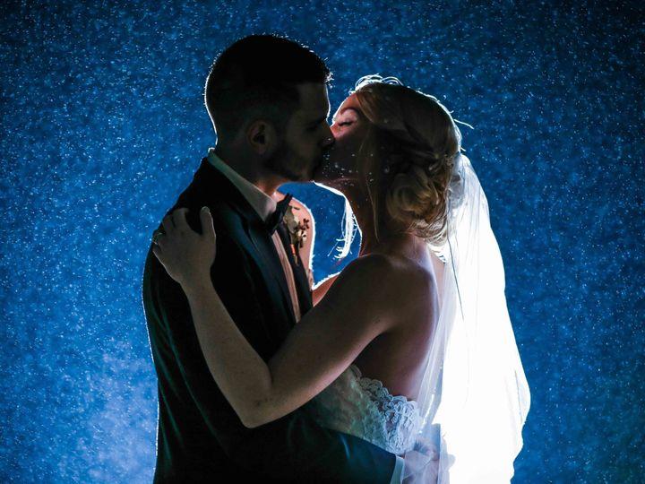 Tmx 1528827947 52e82b095a937bd4 1528827943 C7ca67b19cf50aa3 1528827930857 2 IMG 1821 Hartland, WI wedding photography