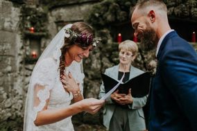 Loretta Rossini -Wedding Officiant