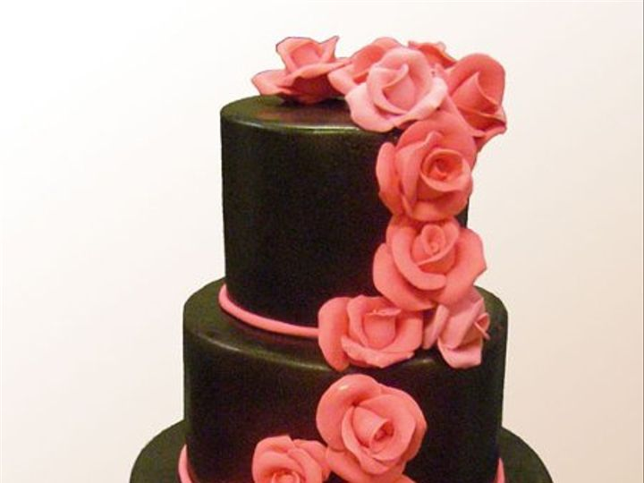 Tmx 1316386193888 Wedwroses Brooklyn wedding cake