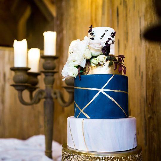 31148b957b31cbe6 1533674065 b997600151e51235 1533674065259 1 wedding cake