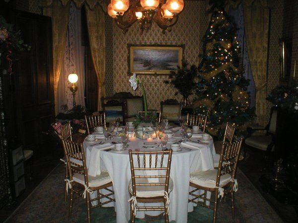 Placesetting with Gold Chivari Chairs