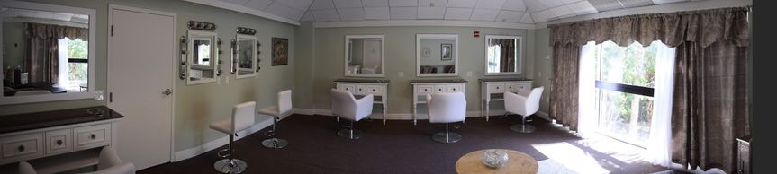 Bridal room suite