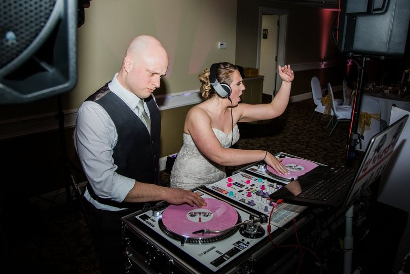 Bride & Groom rocking out!