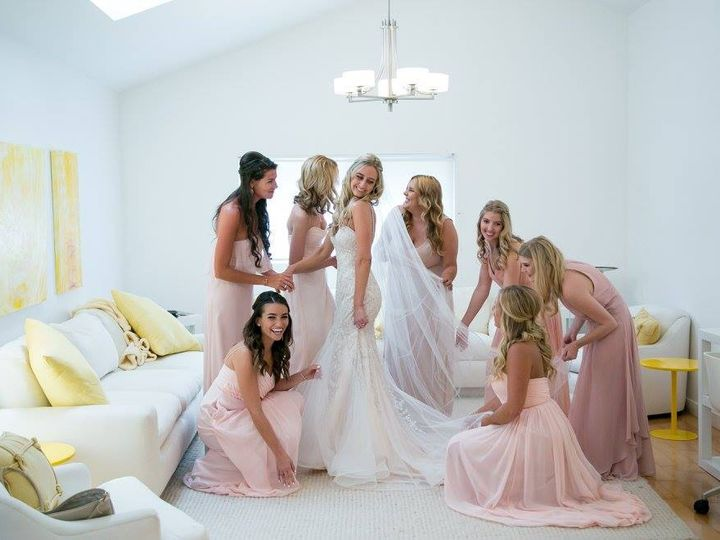 Tmx 15272198 10100546299263892 1740121487129331314 O 51 1016225 158213470324306 Wolfeboro, NH wedding beauty
