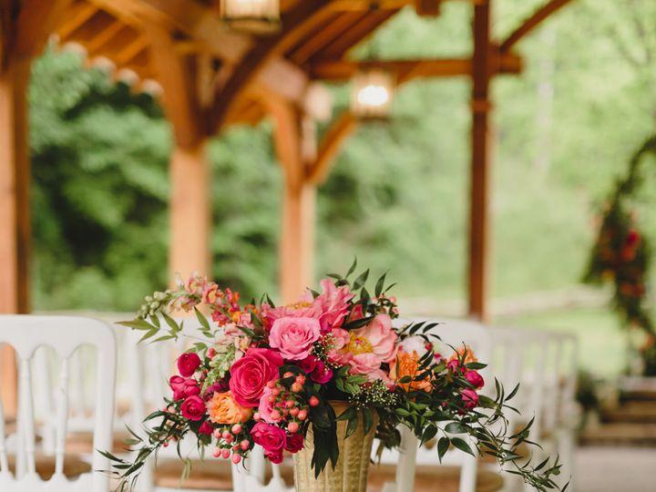 Tmx 1526921696 Fd4197b27fb415fc 1526921693 Ba10486d388f2f6c 1526921672229 1 KN5A2802 Sevierville, TN wedding venue