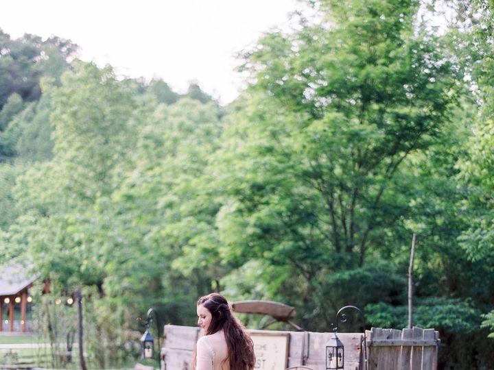 Tmx 1530215312 0dab26d51ab1dfad 1530215310 917fffdf5c8ddc5f 1530215284492 7 102593TAme052103 R Sevierville, TN wedding venue