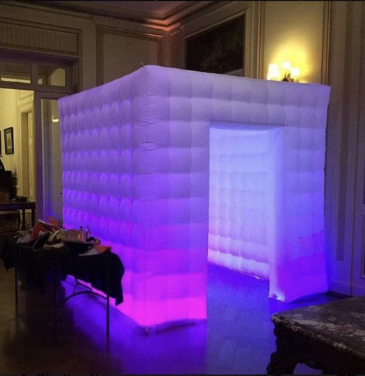 Square Booth