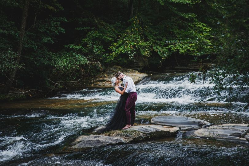 Kissing in the middle of the river