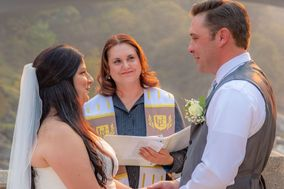 Amie Love, Ordained Officiant