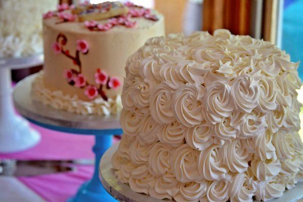Tmx 1320636639427 232323232fp5392nu666397258WSNRCG3399976349nu0mrj1 Ann Arbor wedding cake