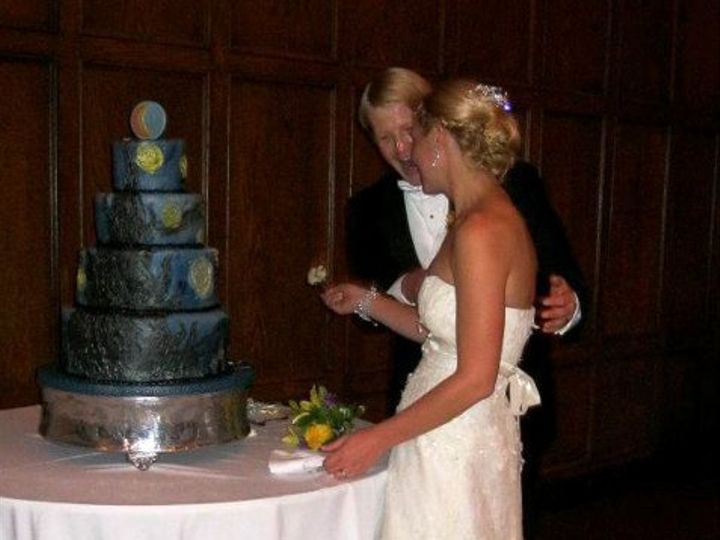 Tmx 1320636646712 300866101006333319296381070073859254157848720893n Ann Arbor wedding cake