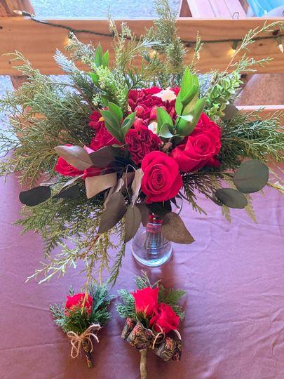 Winter rose medium bouquet