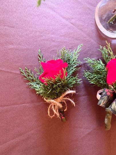 Winter rose bouttoniere