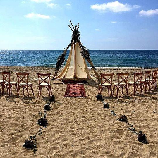 Boho ceremony in Sayulita