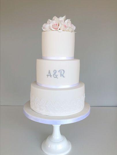 3 teir cake
